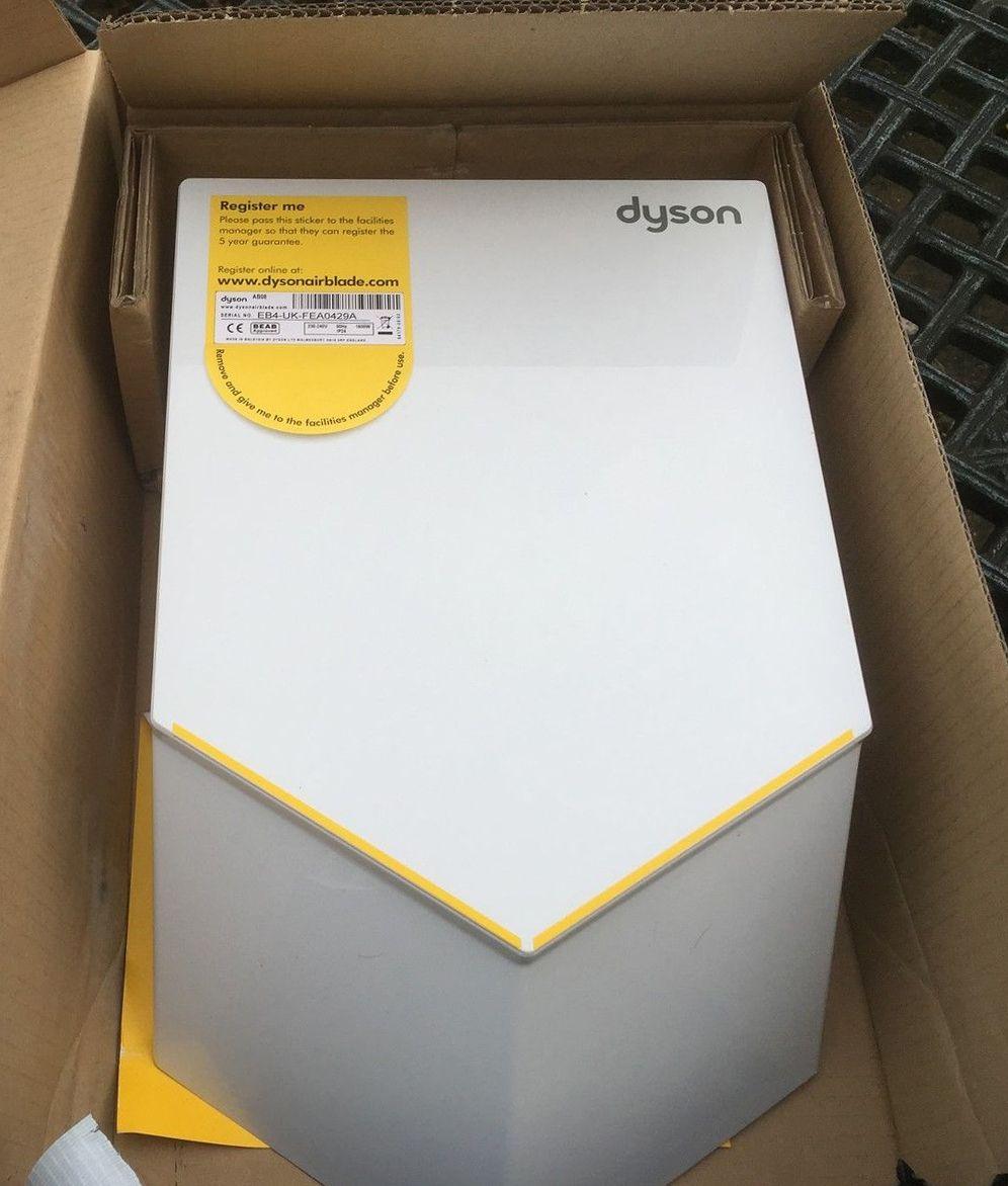Dyson airblade ab12 белая мини турбощетка dyson tangle-free